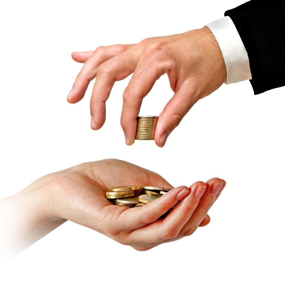 Za co pośrednik bierze pieniądze?